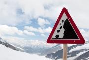 В Мурманской области под лавиной погибли 2 человека