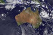 Австралия готовится к атаке мощнейшего за шесть лет циклона